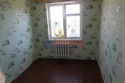 4-комнатная квартира (63м2) на продажу по адресу Гостилицы дер., Комсомольская ул., 5— фото 7 из 11