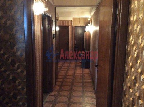 4-комнатная квартира (73м2) на продажу по адресу Коммуны ул., 44— фото 9 из 11