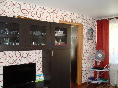 2-комнатная квартира (44м2) на продажу по адресу Луга г., Красной Артиллерии ул., 28— фото 1 из 12