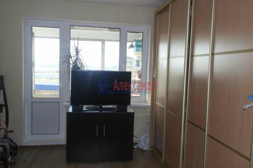 1-комнатная квартира (38м2) на продажу по адресу Бугры пос., Нижняя ул., 9— фото 1 из 4