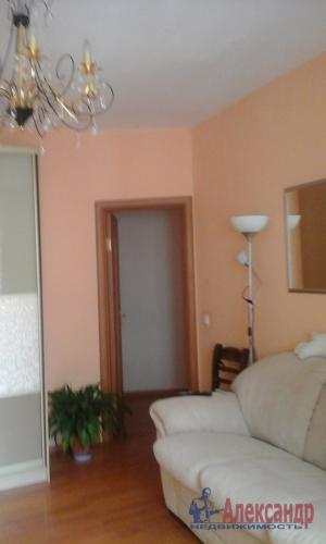 2-комнатная квартира (60м2) на продажу по адресу Беринга ул., 23— фото 12 из 14