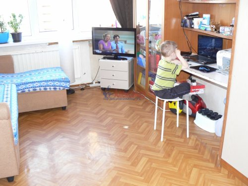 Комната в 3-комнатной квартире (74м2) на продажу по адресу Белы Куна ул., 6— фото 5 из 12