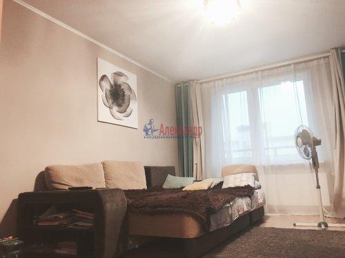 2-комнатная квартира (62м2) на продажу по адресу Шушары пос., Полоцкая (Славянка) ул., 11— фото 2 из 7