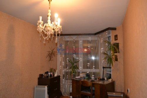 3-комнатная квартира (70м2) на продажу по адресу Художников пр., 13— фото 4 из 18
