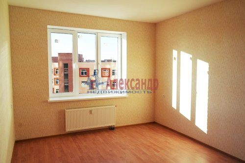 2-комнатная квартира (57м2) на продажу по адресу Мурино пос., Шоссе в Лаврики ул., 85— фото 5 из 9
