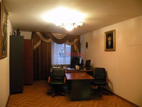 3-комнатная квартира (89м2) на продажу по адресу Комендантский пр., 11— фото 3 из 10