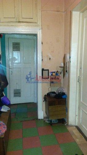 Комната в 3-комнатной квартире (66м2) на продажу по адресу Болотная ул., 2— фото 2 из 11