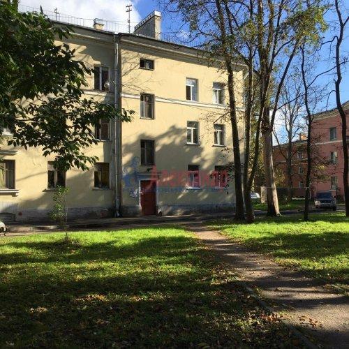 Комната в 16-комнатной квартире (250м2) на продажу по адресу Пугачева ул., 4— фото 1 из 4