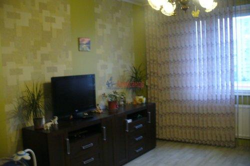 3-комнатная квартира (70м2) на продажу по адресу Шлиссельбургский пр., 18— фото 5 из 6