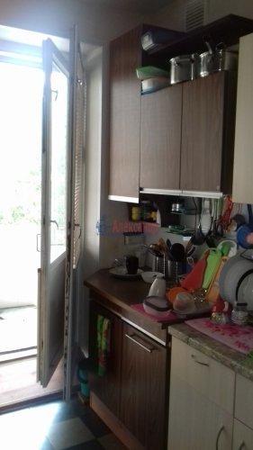 Комната в 8-комнатной квартире (197м2) на продажу по адресу Коллонтай ул., 25— фото 3 из 3