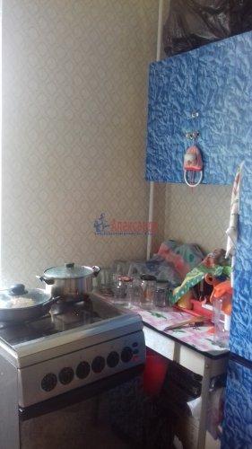 Комната в 3-комнатной квартире (71м2) на продажу по адресу Синявинская ул., 3— фото 11 из 17