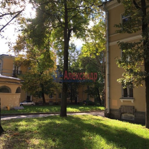 Комната в 16-комнатной квартире (250м2) на продажу по адресу Пугачева ул., 4— фото 4 из 4