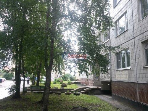 2-комнатная квартира (54м2) на продажу по адресу Кириши г., Плавницкий бул., 4— фото 3 из 6