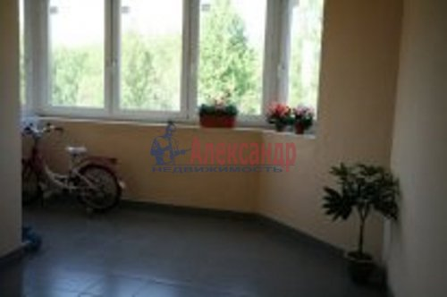 2-комнатная квартира (76м2) на продажу по адресу Береговая ул., 24— фото 6 из 9