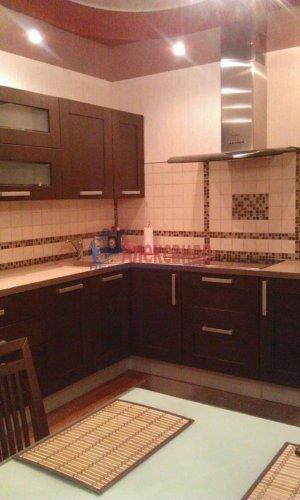 2-комнатная квартира (77м2) на продажу по адресу Луначарского пр., 15— фото 2 из 10