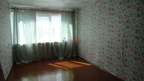 3-комнатная квартира (65м2) на продажу по адресу Никольское г., Советский пр., 243— фото 2 из 10