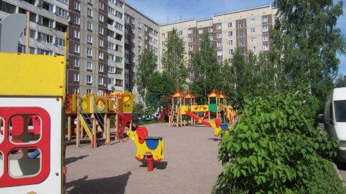 2-комнатная квартира (57м2) на продажу по адресу Мурино пос., Оборонная ул., 26— фото 2 из 14