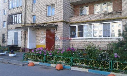 2-комнатная квартира (52м2) на продажу по адресу Отрадное г., Ленина ул., 18— фото 1 из 4