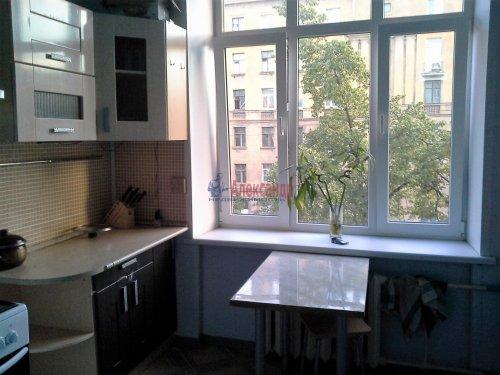Комната в 4-комнатной квартире (104м2) на продажу по адресу Краснопутиловская ул., 16/13— фото 2 из 6