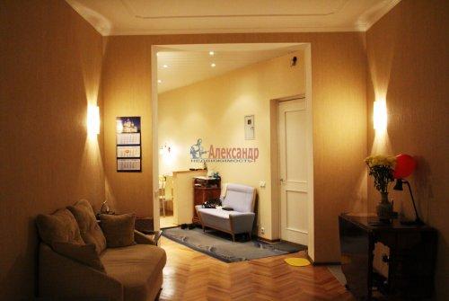 3-комнатная квартира (66м2) на продажу по адресу Добролюбова пр., 2— фото 7 из 15