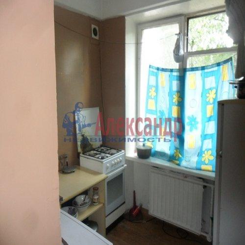 2-комнатная квартира (49м2) на продажу по адресу Апрельская ул., 5— фото 5 из 17