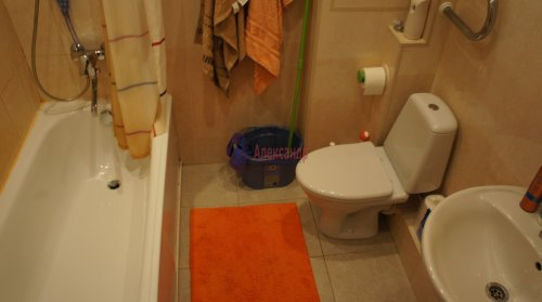 1-комнатная квартира (38м2) на продажу по адресу Ветеранов пр., 75— фото 14 из 15