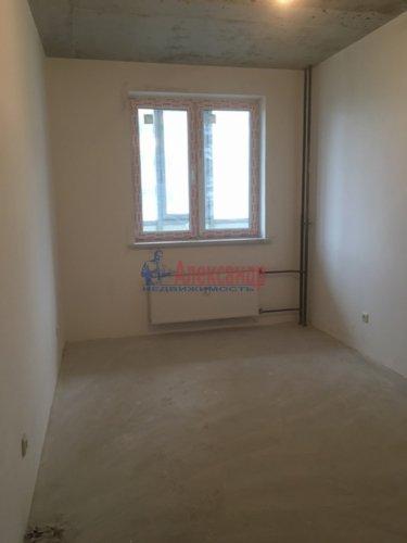 1-комнатная квартира (34м2) на продажу по адресу Мурино пос., Охтинская аллея, 4— фото 8 из 18