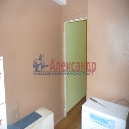 2-комнатная квартира (49м2) на продажу по адресу Апрельская ул., 5— фото 6 из 17
