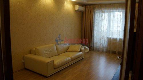 3-комнатная квартира (82м2) на продажу по адресу Варшавская ул., 23— фото 2 из 20