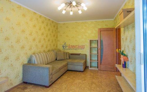 2-комнатная квартира (44м2) на продажу по адресу Композиторов ул., 24— фото 8 из 16