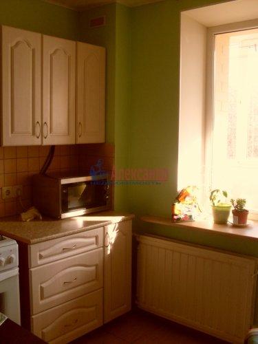 2-комнатная квартира (64м2) на продажу по адресу Рощино пгт., Садовый пер., 6— фото 5 из 10