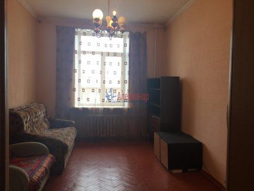 Комната в 3-комнатной квартире (89м2) на продажу по адресу Краснопутиловская ул., 25— фото 4 из 13
