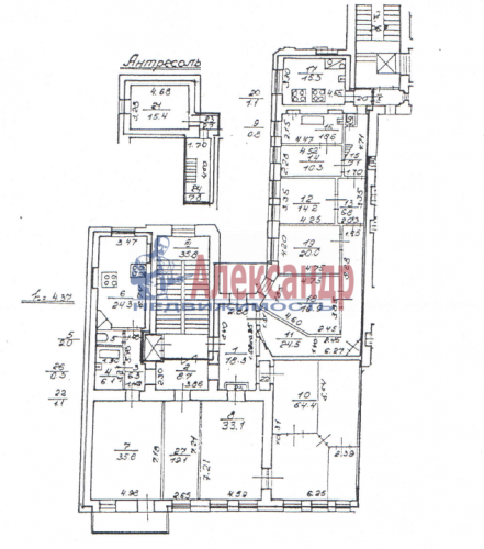 9-комнатная квартира (380м2) на продажу по адресу Кирочная ул., 24— фото 2 из 5