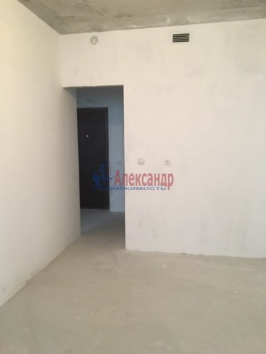 1-комнатная квартира (34м2) на продажу по адресу Мурино пос., Охтинская аллея, 4— фото 10 из 18