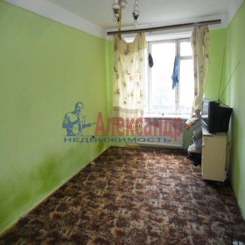 2-комнатная квартира (49м2) на продажу по адресу Апрельская ул., 5— фото 9 из 17