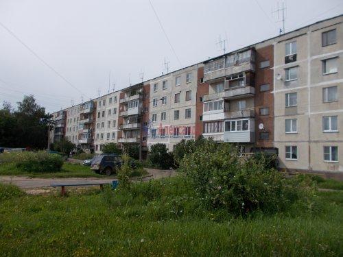 2-комнатная квартира (43м2) на продажу по адресу Тихвин г., 2-й мкр., 14— фото 1 из 1