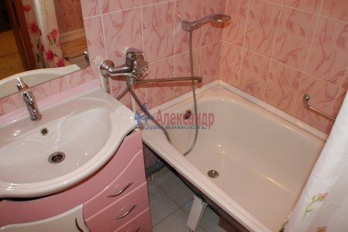 1-комнатная квартира (42м2) на продажу по адресу Ленинский пр., 57— фото 5 из 8