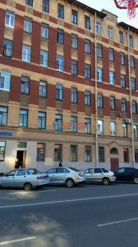 Комната в 4-комнатной квартире (107м2) на продажу по адресу Академика Лебедева ул., 14— фото 1 из 5
