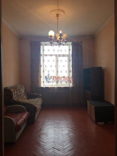 Комната в 3-комнатной квартире (89м2) на продажу по адресу Краснопутиловская ул., 25— фото 3 из 13