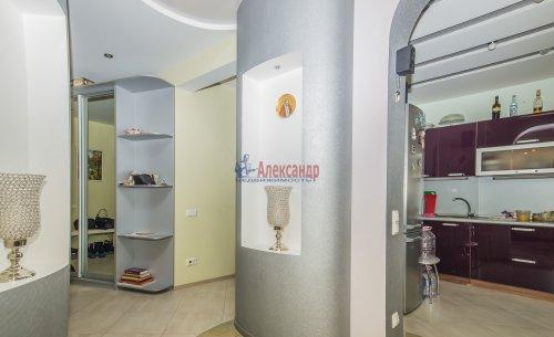 3-комнатная квартира (123м2) на продажу по адресу Савушкина ул., 36— фото 4 из 19