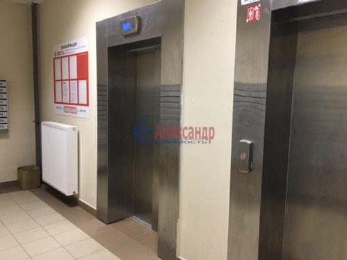 1-комнатная квартира (34м2) на продажу по адресу Мурино пос., Охтинская аллея, 4— фото 14 из 18