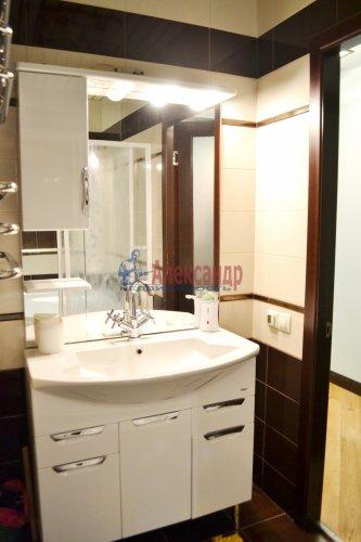 3-комнатная квартира (80м2) на продажу по адресу Комендантский пр., 53— фото 13 из 18