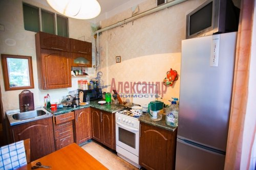 3-комнатная квартира (81м2) на продажу по адресу Севастьянова ул., 4— фото 8 из 11