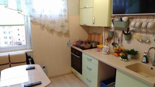 3-комнатная квартира (69м2) на продажу по адресу Сестрорецк г., Инструментальщиков ул., 15— фото 4 из 10