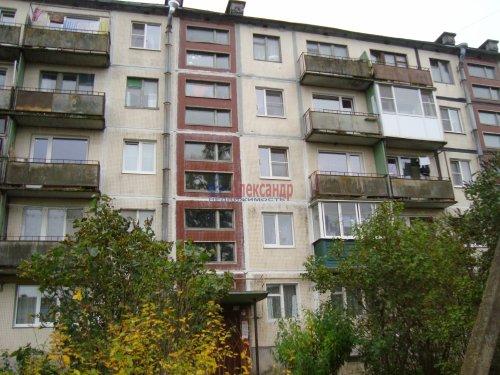 2-комнатная квартира (45м2) на продажу по адресу Скреблово пос.— фото 1 из 14