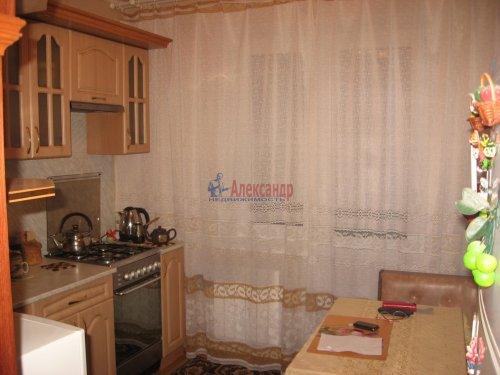 3-комнатная квартира (66м2) на продажу по адресу Вындин Остров дер., 13— фото 1 из 9