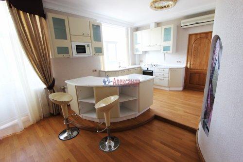 5-комнатная квартира (178м2) на продажу по адресу Бассейная ул., 61— фото 8 из 13