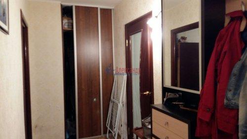 3-комнатная квартира (72м2) на продажу по адресу Комендантский пр., 31— фото 2 из 5