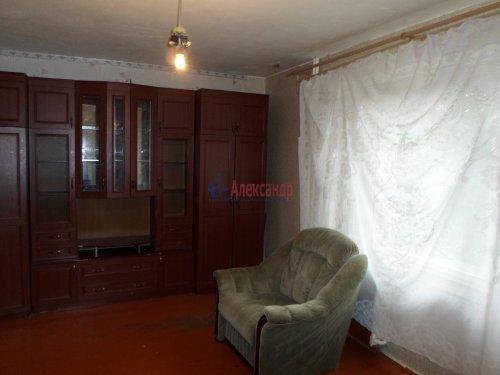 3-комнатная квартира (72м2) на продажу по адресу Коммунар г., Павловская ул., 3— фото 3 из 9