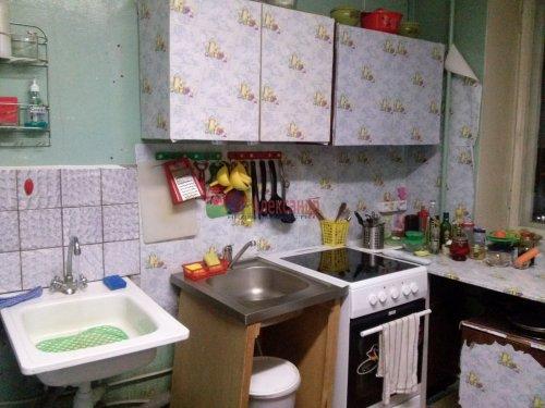 Комната в 9-комнатной квартире (187м2) на продажу по адресу Купчинская ул., 4— фото 3 из 9